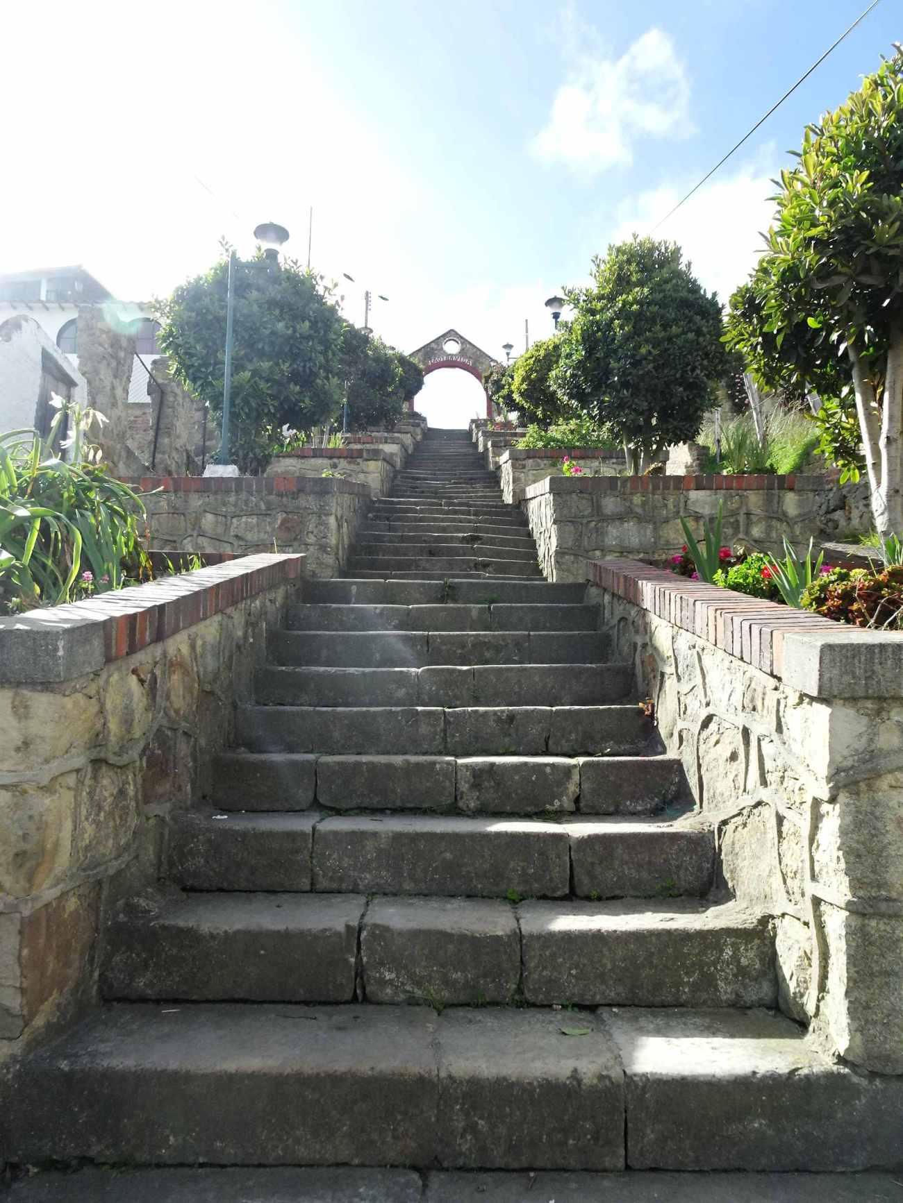 Mongui escalier